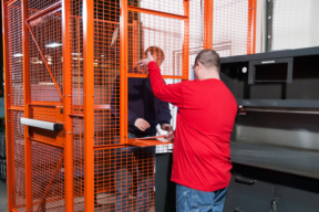 WireCrafters Service Center Wire Cage