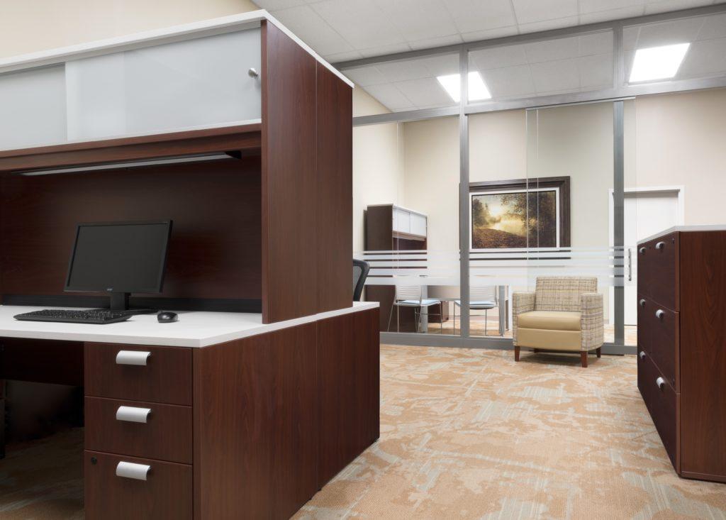 KI Sterling Office with Aristotle Lightline