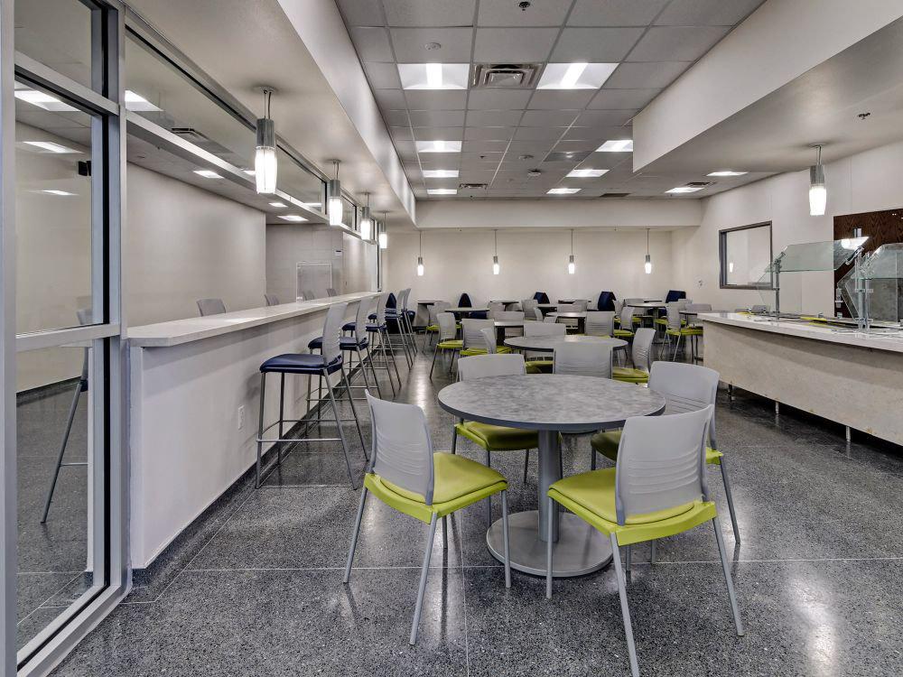 KI  Tables and Seating