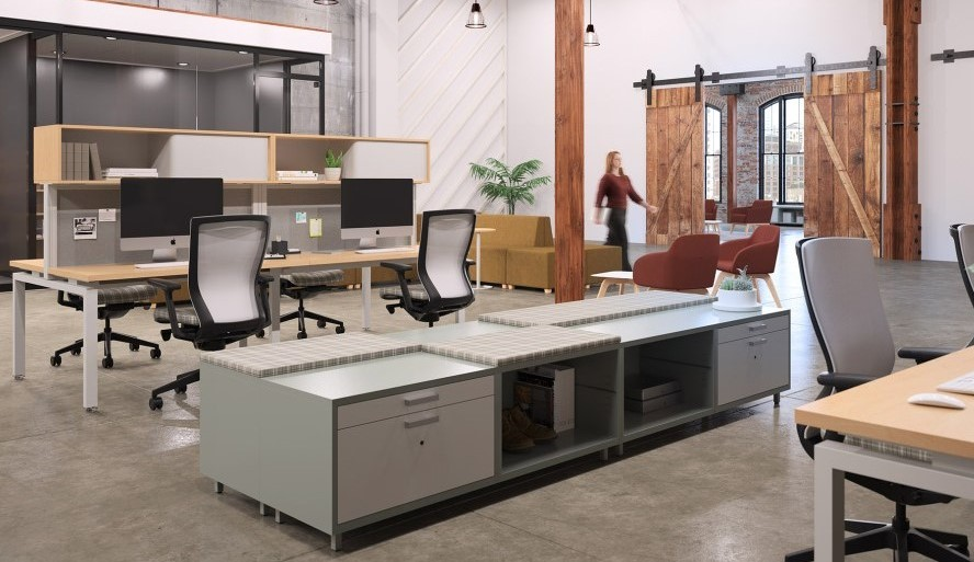 KI Workstation in Open Plan Environment