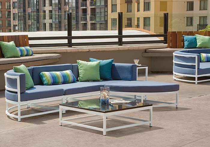 Tropitone Outdoor Seating